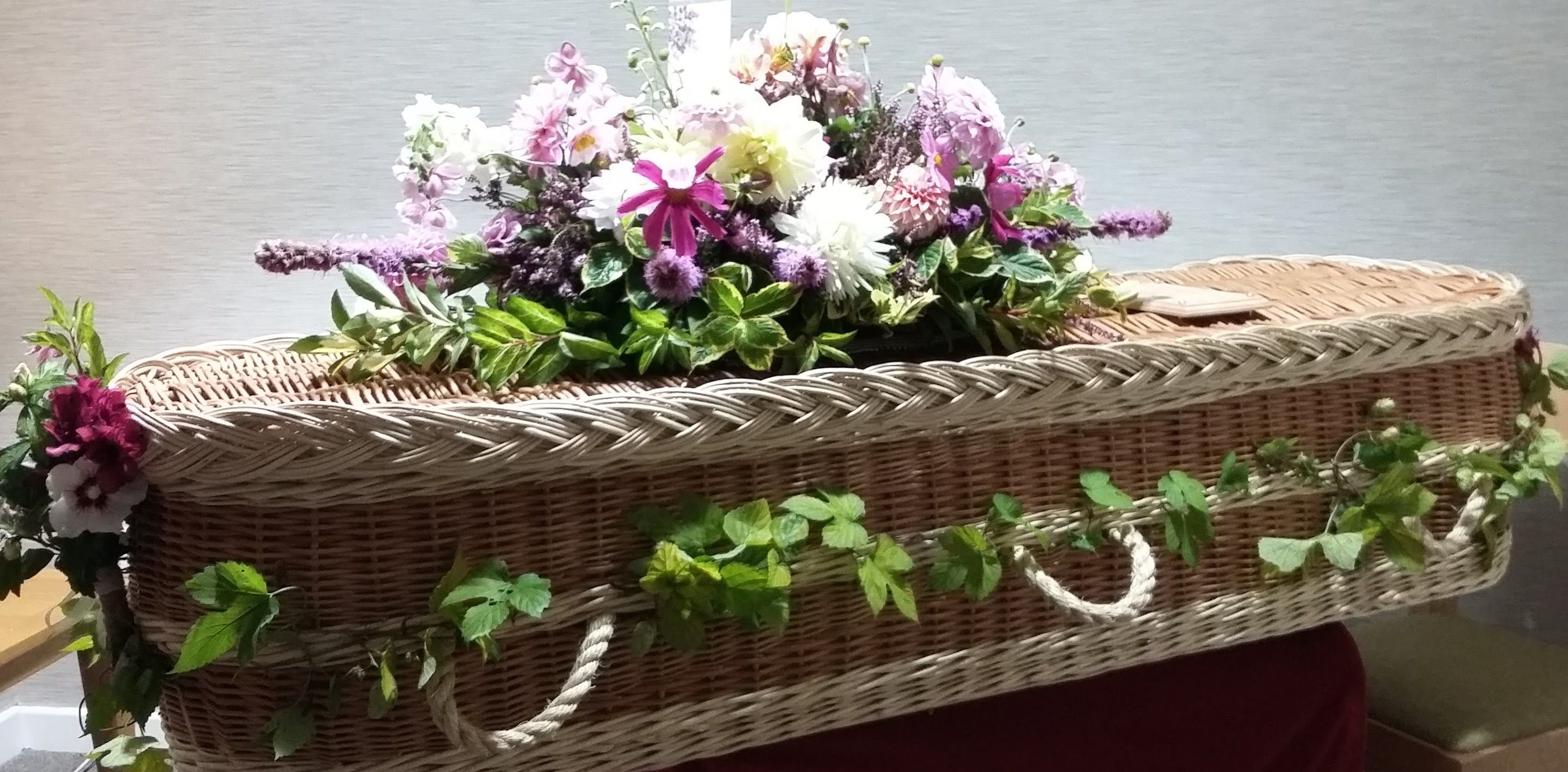 Somerset cut flower garden floral messages we have a wide variety of flowers for expressing sentiments izmirmasajfo
